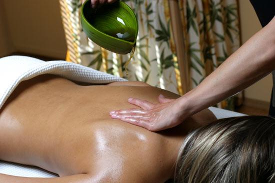 ../data/Kurland/massage_w_oil2.jpg